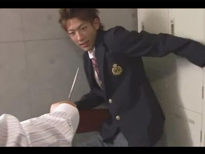 【ゲイ動画】目出し帽姿の男にギャル男系が脅されながらレイプをされ続けてアナルを掘られるww