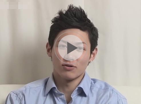 【ゲイ動画】21歳のノンケの爽やか系素人イケメンがゴーグルマンにチンコとアナルをいじられまくっちゃうww
