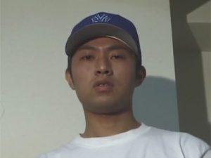 【ゲイ動画ビデオ】坊主のイモ系の素人の男が始めて男に犯されて乳首舐めされながら手コキをされ続けるww
