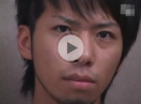【無修正ゲイ動画】二十歳の学生の素人のイケメンが全裸になってオナニーを見せつけるww