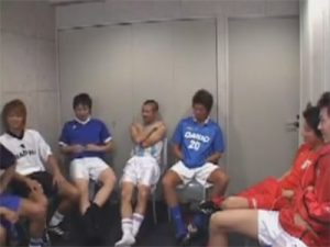 【ゲイ動画】サッカー部の月1のマル秘ミーティング…当番の人は部員の体臭を嗅いでお口でご奉仕し顔射される役目が…ww