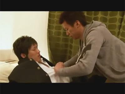 【ゲイ動画】兄が学ランを着た弟を夜這いし始めて近親相姦のアナルセックスをして弟を犯しまくっちゃうww