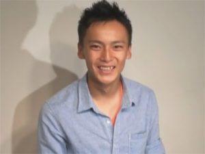 【ゲイ動画ビデオ】少年のようにあどけないヒョロガリスジ筋の18歳のノンケがご立派なマラをシゴかれ尺られイッてしまうww