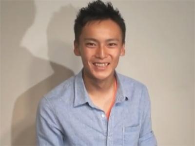 【ゲイ動画】少年のようにあどけないヒョロガリスジ筋の18歳のノンケがご立派なマラをシゴかれ尺られイッてしまうww
