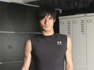 【ゲイ動画ビデオ】ノンケの男前スジ筋バスケットマンが登場…処女の尻穴をほじられてブシャブシャと潮吹きまで…ww