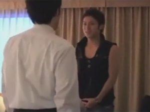 【ゲイ動画ビデオ】ワックスで髪の毛を立たせているマッチョなイケメンがホテルで丁寧に愛撫をされながらアナルセックスをしちゃうww