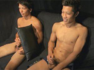 【ゲイ動画ビデオ】ギラギラしている友人関係のマッチョの2人が仲良くAVを見ながらオナニーを堪能するww