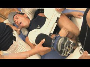 【ゲイ動画ビデオ】4人の野球部の男が1人の男を囲いながら犯し続けることになり乱交を楽しんでしまうww