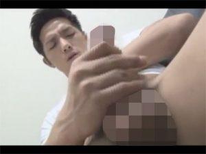 【ゲイ動画ビデオ】イケメンがオナるところを主観アングルで…目の前で自慰をしザーメンでカメラレンズは真っ白に…ww