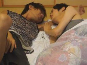 【無修正ゲイ動画】和室でギャル男とまじめな風貌のイケメンがフェラチオで愛撫し合っちゃうww