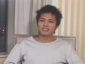 【ゲイ動画】お台場で高身長のノンケイケメンをナンパ…妻夫木聡似の顔がケツ穴にチンポを挿れられて苦痛で歪むww